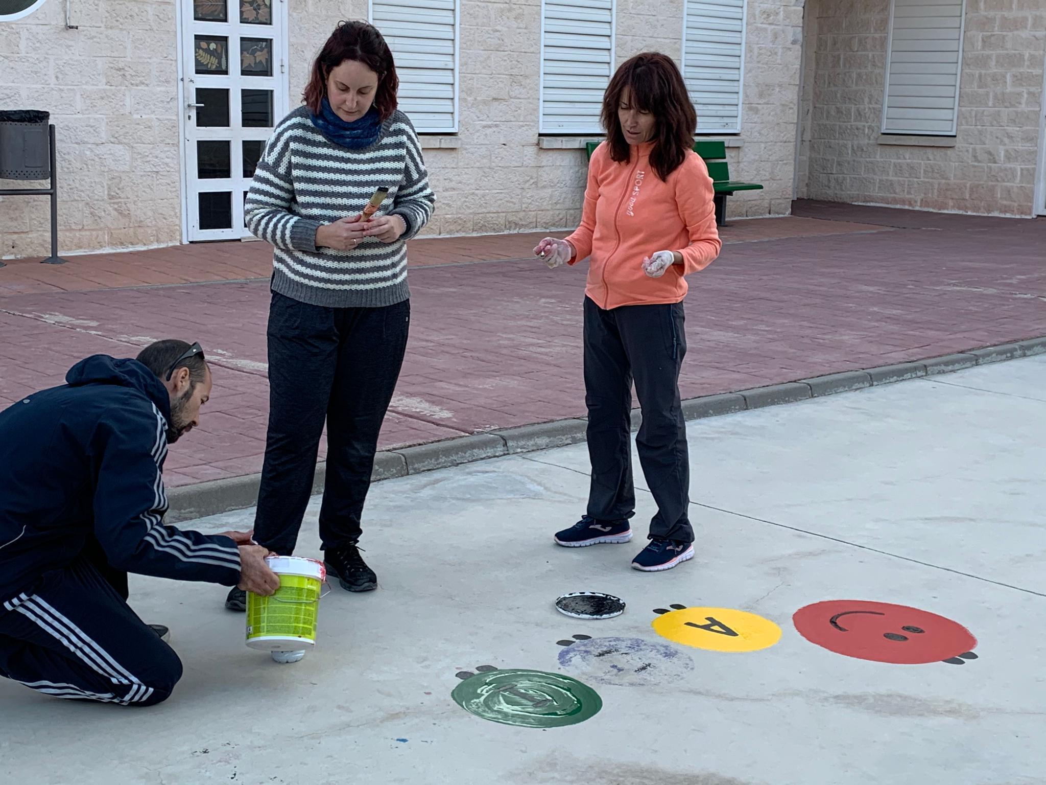 pintura patio infantil 5 - La Arboleda