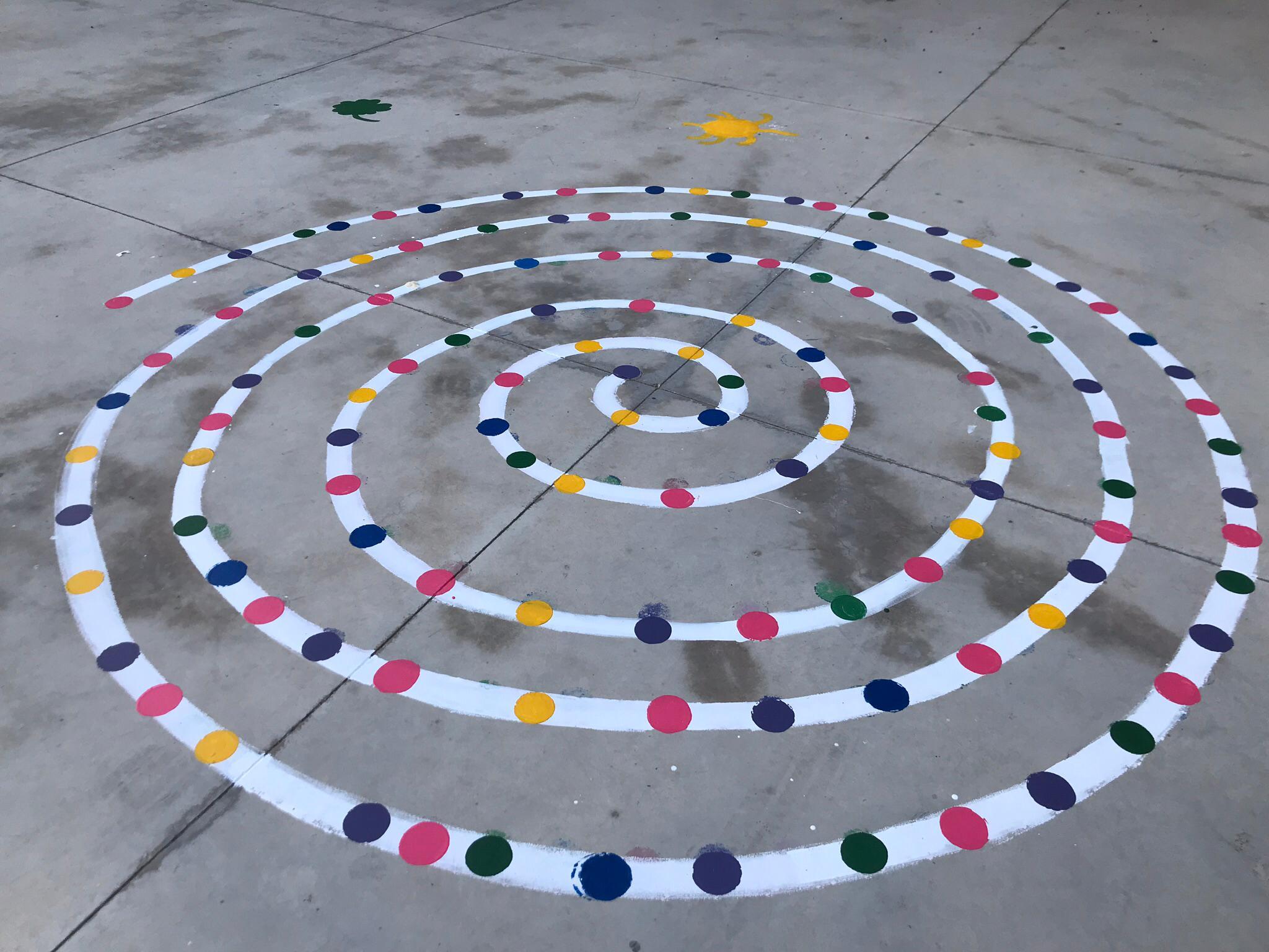 pintura patio infantil 6 - La Arboleda